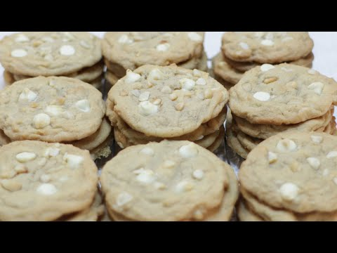 Easy Homemade Soft Chewy White Chocolate Macadamia Nut Cookies Recipe