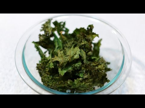 How to Make Kale Chips - Healthy Snack - Vegan