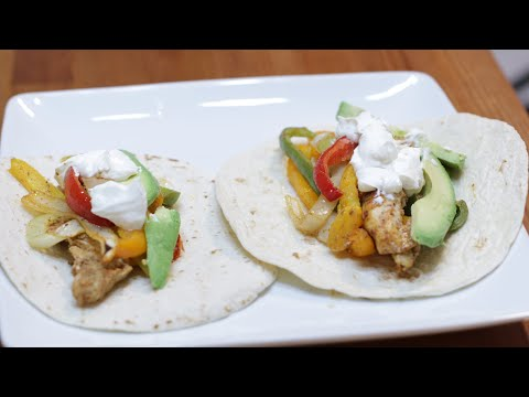 How to make Fajitas | Easy Sheet Pan Chicken Fajitas Recipe