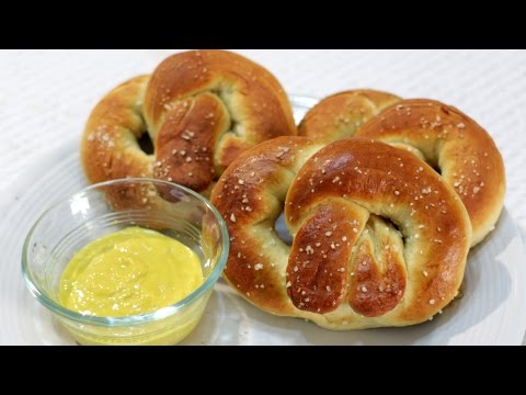 How to make Soft Pretzels - Easy Homemade Pretzels Recipe