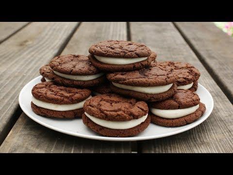 """How to make Oreo """"Style"""" Cookies - Easy Homemade Oreo Cookies Recipe"""
