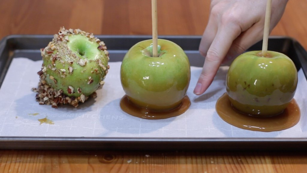 Three failed homemade caramel apples