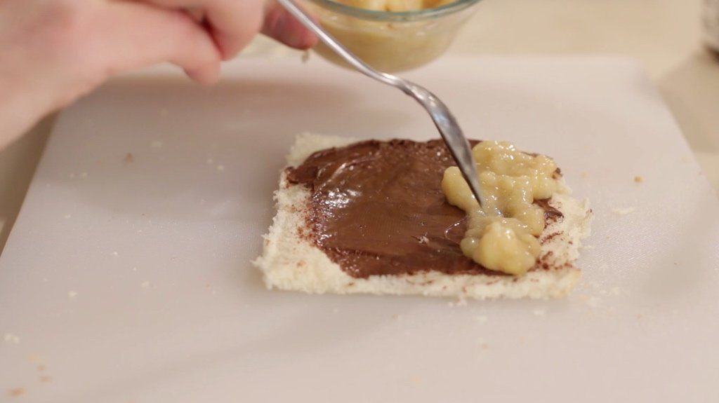 French toast roll up with Nutella and bananas